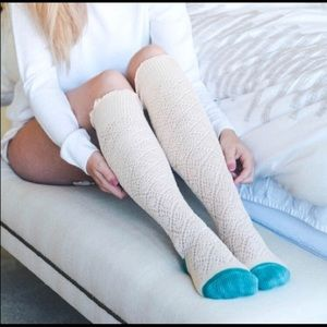 Accessories - 1 left PUMPKIN PATCH HPOatmeal & Teal Knee Highs